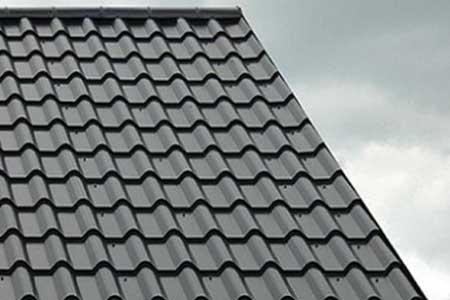 крыша с матовой металлочерепицей VALENCIA